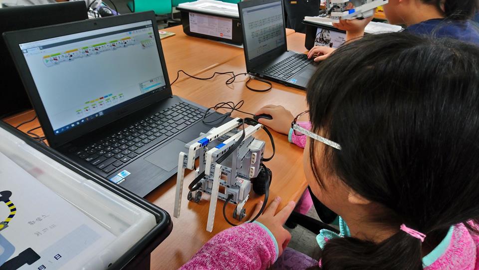 LEGO & mBot機器人假日課程開課囉